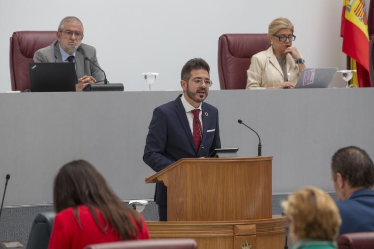 El PSOE denuncia el desprecio del Gobierno regional a la educación infantil de 0 a 3 años y a la conciliación de los padres y madres