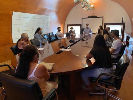 El Alcalde de Lorca se reúne con los vecinos de San Fernando para dar solución al problema de las viviendas