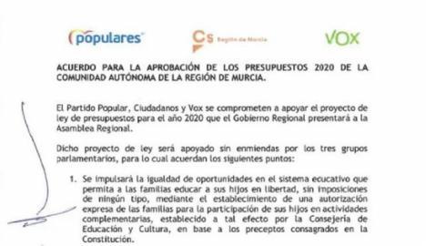 103 colectivos de la Región de Murcia firman un manifiesto exigiendo la eliminación del Pin Parental.