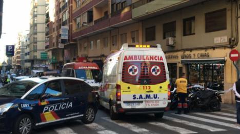 Apuñalan a un hombre en plena vía pública en Alicante