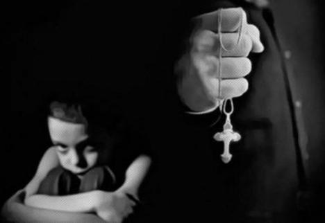 El Ministero de Justicia pone por fin sus ojos en la Iglesia y le informe sobre los casos de pederastia