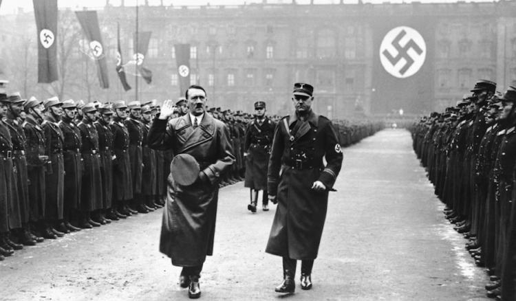 A cuánto ascendía la fortuna de Hitler