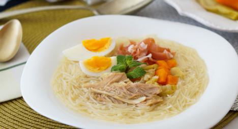 Sopa de Picadillo con pollo, huevo y jamón