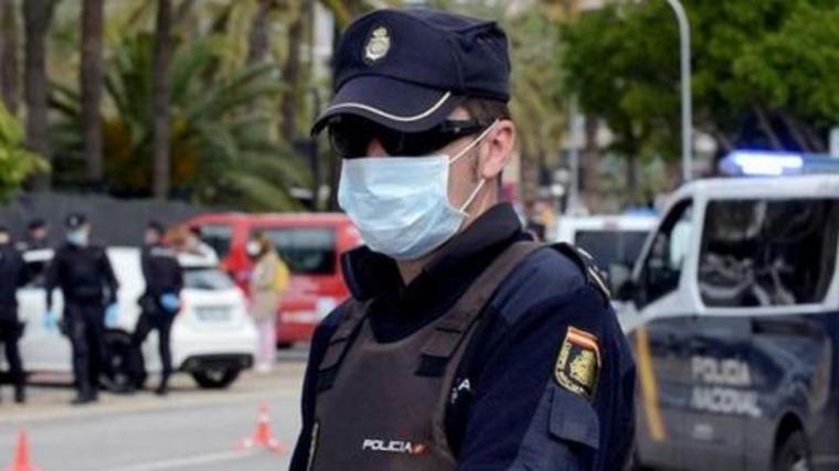 Una mujer de 60 años es brutalmente apaleada por unos ladrones en su casa en Málaga
