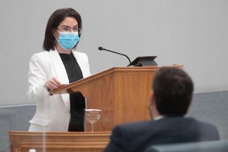 El PSRM considera un engaño la campaña interna de la consejera Isabel Franco para lograr el 100% de vacunados en la plantilla de residencias de mayores