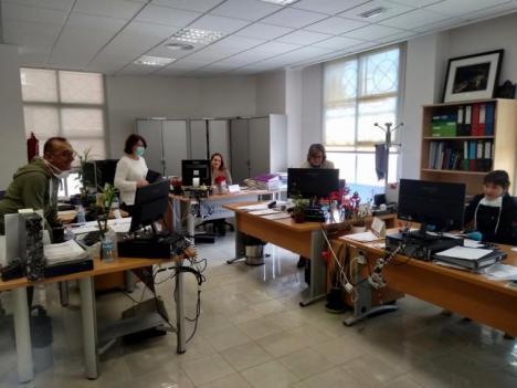 La Concejalía de Servicios Sociales de Lorca habilita el número de teléfono 900 10 79 09 para la atención a personas con necesidades generadas por la crisis sanitaria
