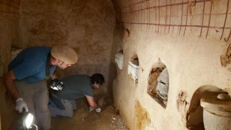 Encuentran una cámara funeraria romana con más de 2.000 años en Carmona