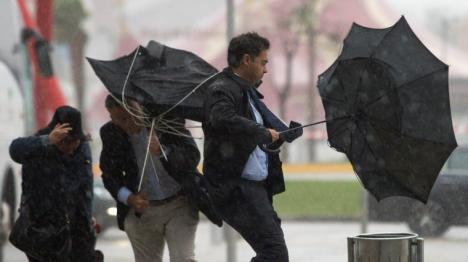 12 provincias en aviso amarillo por lluvia y fuertes vientos