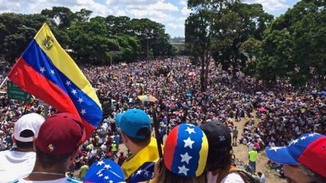 La UE se suma a Estados Unidos y prepara acciones contra Venezuela