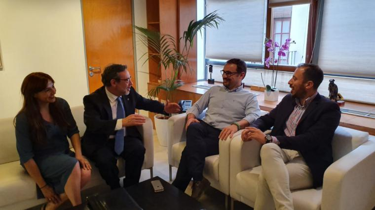 El delegado del Gobierno, Francisco Jiménez, se reúne en Lorca con la plataforma de vecinos de Tercia afectados por el trazado del AVE a su paso por la pedanía