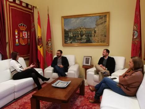 La vicepresidenta de la Región de Murcia, Isabel Franco, realiza una visita institucional a Lorca con el rechazo a la violencia de género como eje central