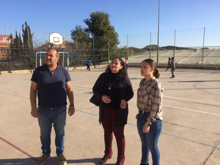 El Ayuntamiento de Lorca posibilita el uso de la pista polideportiva del colegio de Ramonete también en horario no escolar