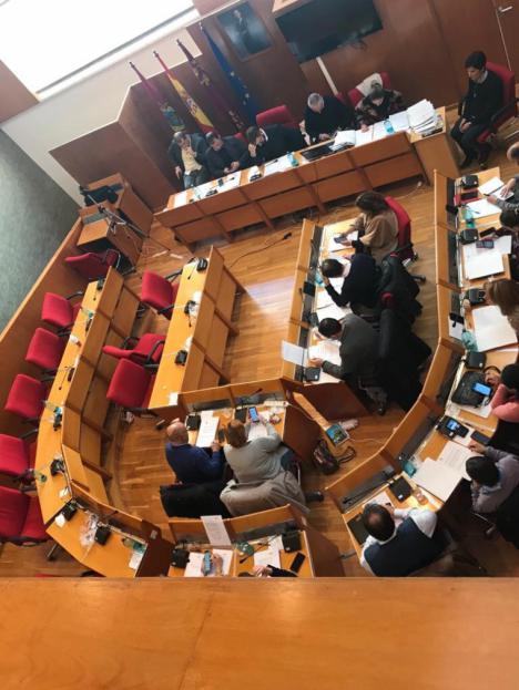 El Partido Popular abandona el Pleno del Ayuntamiento por