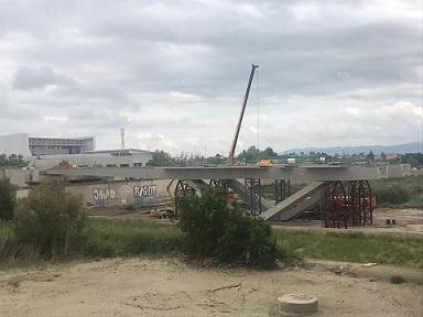 El PP de Lorca se congratula de que las obras del tramo 2 de la ronda hayan superado el 50% con la instalación de todas las vigas del nuevo puente sobre el Guadalentín