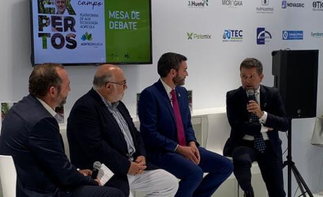 El presidente de la Comunidad de Regantes de Lorca interviene en la mesa redonda sobre el papel de la Administración Pública en la financiación de la modernización de regadíos en España