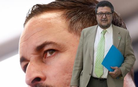 Vox salpicado por la corrupción: Facua ha solicitado al juez que impute a la mujer y a la hija de Serrano, ex lider andaluz de la forrmación, un posible alzamiento de bienes
