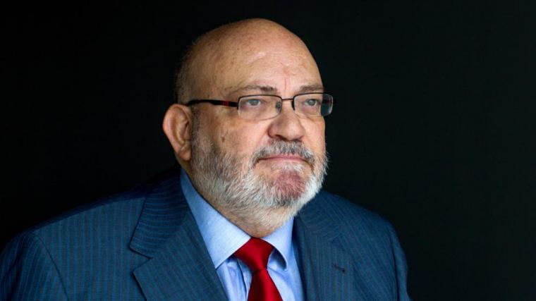 Hoy nos dejan Moncho, el rey del bolero y el periodista Francisco Pérez Abellán