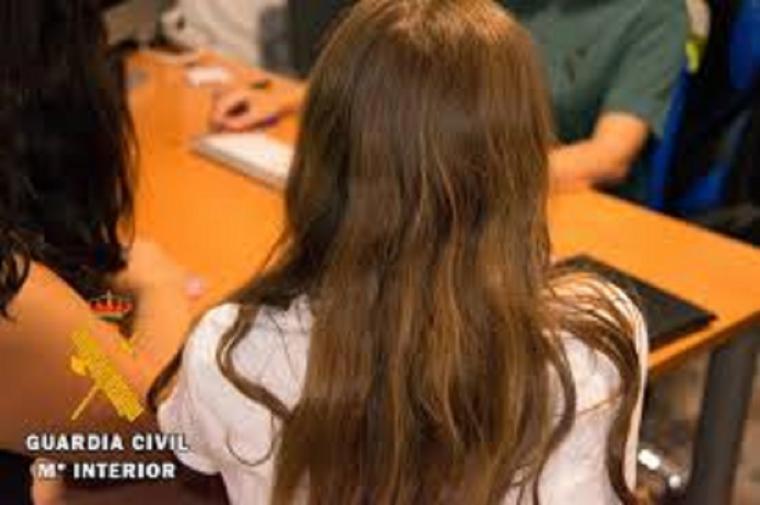 Un menor agredido por una veintena de jóvenes al pedir explicaciones sobre un presunto intento de abuso a su hermana