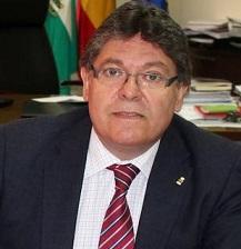 """A nadie sorprende que a los bancos no les gustan las personas, sino, """"el negocio"""", por Rogelio Mena"""