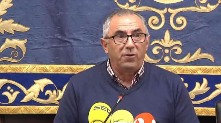 El alcalde de Pedrera rectifica: 'fueron palabras desafortunadas'