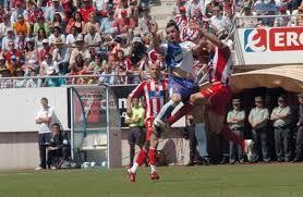 El Almería gana en casa ante un Lorca batallador.