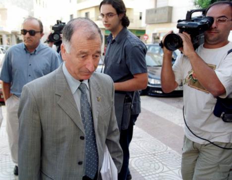 Peligrosa moraleja de la Diputación de Amat, si quieres facturas, amenaza con la UDYCO.