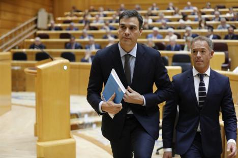 'Atacar al rey es atacar a las instituciones del Estado', la última patochada del Secretario General del PSOE