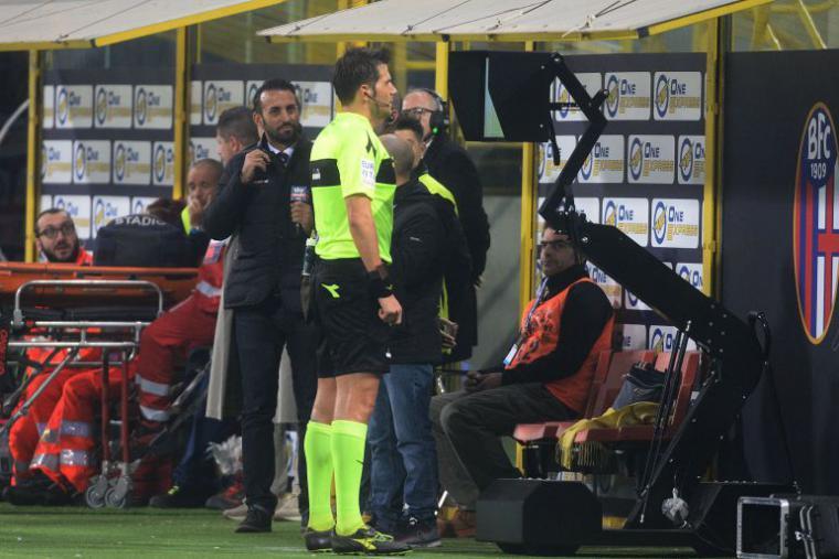 La Liga pone en marcha el video arbitraje para la próxima temporada