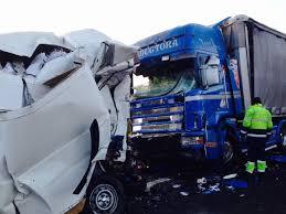 Atropello mortal en Arenas de Iguña por un camión mientras cambiaban una rueda en la A-67