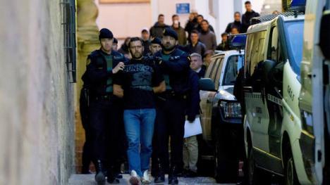 El asesino de los guardias civiles y del ganadero estaba buscado por la Interpol.
