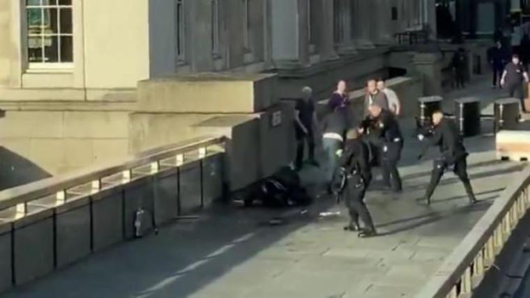 Última hora: Dos de los heridos en el ataque 'terrorista' en el Puente de Londres han muerto