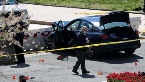 Un ataque en el Capitolio, deja un policía muerto y otro herido