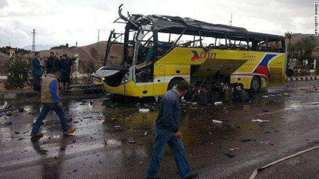 Explosión en un bus turístico en Egipto