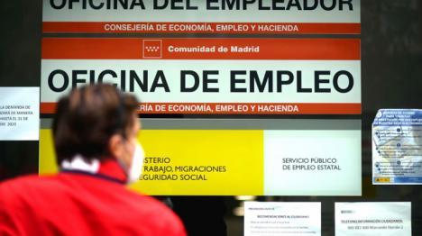 La mejora de la situación económica se refleja en la bajada del paro. En agosto 82.583 personas más han encontrado trabajo