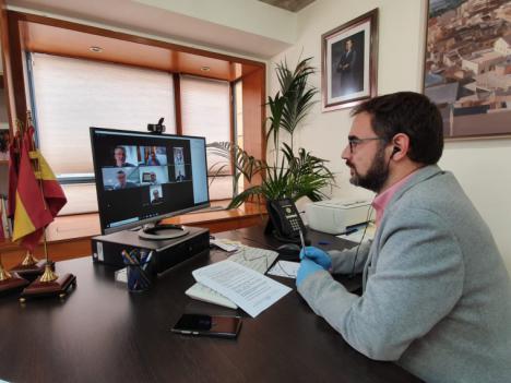 El Ayuntamiento de Lorca actuará de forma conjunta con los agentes sociales y económicos de la ciudad para minimizar la afección de la crisis sanitaria en la economía de las familias y empresas del municipio