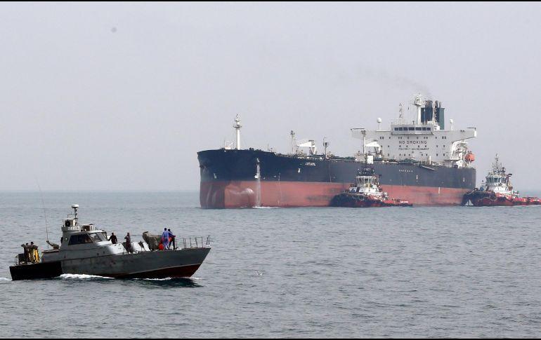 Irán se incauta de un buque que transportaba combustible de contrabando por el golfo Pérsico