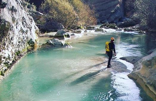 """'El descenso del rio Vero', por Pedro Cuesta Escudero, autor de """"Atrapados bajo los escombros"""""""