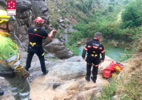 Fallece un hombre de 60 años tras caer por un barranco