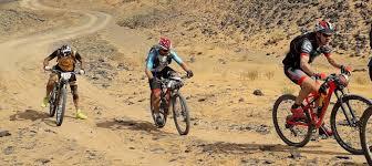 Fallece en mitad de la etapa el participante español de la 'Titan Desert'