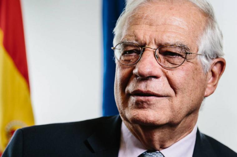 Borrell vendio 10.000 de sus 70.000 accciones, percibió 9.030 y tiene una sanción de 30.000