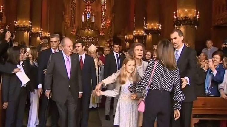 Zarzuela abronca a TVE por no esconder la pelea entre las reinas
