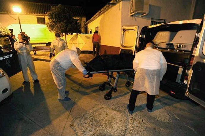 Detenida una persona en La Carlota tras hallarse un cadaver enterrado en su casa