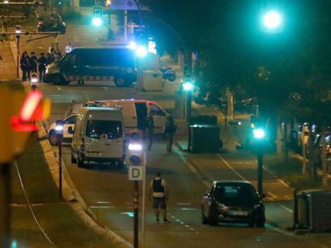ULTIMA HORA. Moussa Oukabir es uno de los terroristas muertos en Cambrils. La policía descarta que fuese él, quien conducía la furgoneta que mató a 13 personas en la Rambla