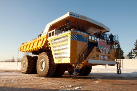 El camión más grande del mundo, un mastadonte de 360 toneladas.