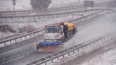 36 provincias en alerta por viento, fuerte oleaje, nieve y riesgo de aludes