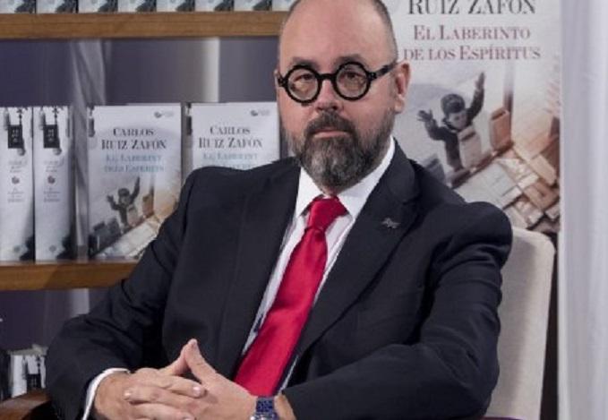 Muere en Los Ángeles el escritor Carlos Ruíz Zafón