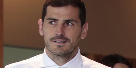 Casillas pide tranquilidad y niega que se vaya a retirar ya