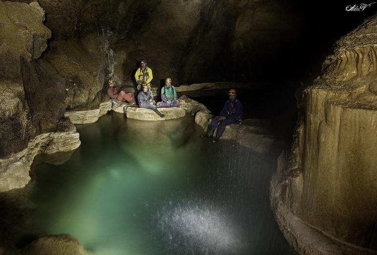 Tres espeleólogas que habían desaparecido en la cueva de Coventosa, en Cantabria, han aparecido en perfecto estado