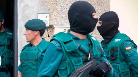 La Guardia Civil detiene a nueve independentistas que planeaban acciones violentas