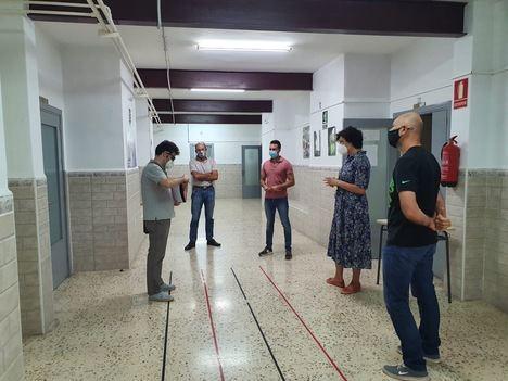 Técnicos de la Consejería de Educación visitan el antiguo colegio Sagrado Corazón para albergar los Ciclos Formativos del IES Rambla de Nogalte